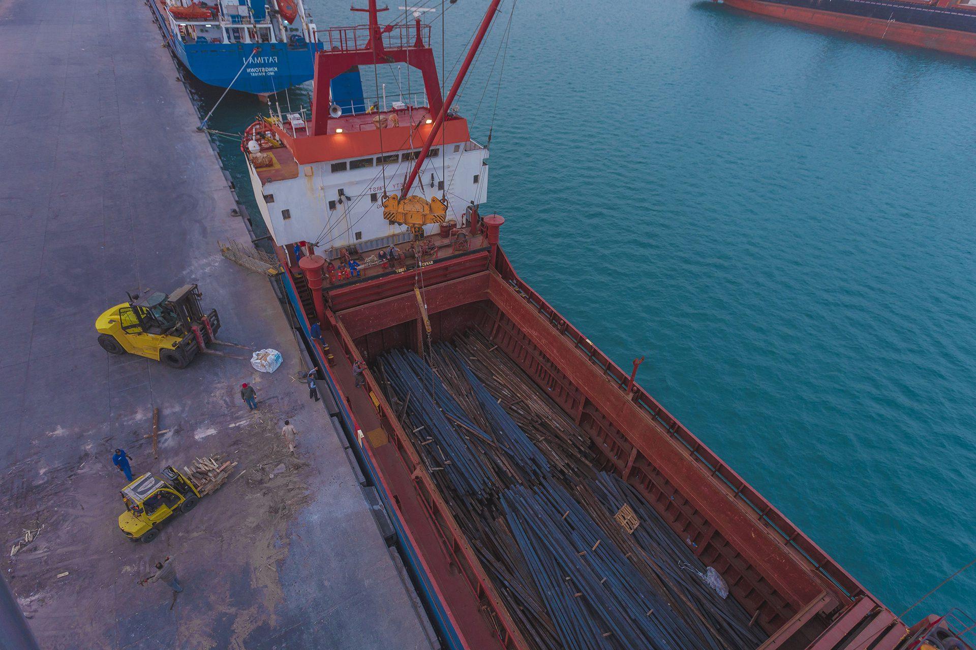 التعاون مع خطوط الشحن العالميّة